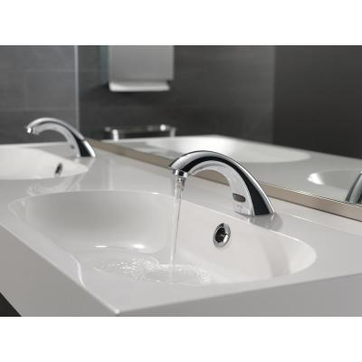 Commercial Battery-Powered Single Hole Touchless Bathroom Faucet in Chrome