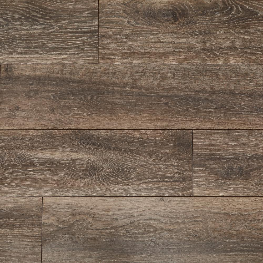 Home Decorators Collection Water Resistant Eir Centennial Oak 8 Mm Thick X 7 1 2 In Wide X 50 2 3 In Length Laminate Flooring 23 69 Sq Ft Case Hdcwr19 The Home Depot
