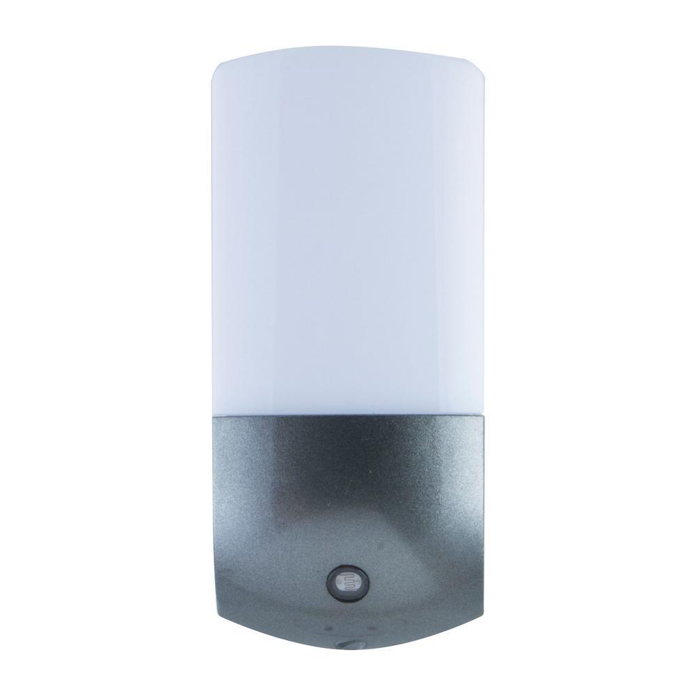Energizer Automatic Light-Sensing Plug-in LED Night Light (2-Pack ...