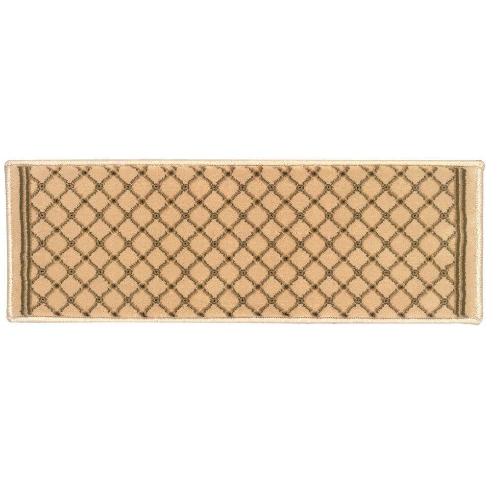 Kurdamir Derby Ivory 9 in. x 26 in. Stair Tread Cover