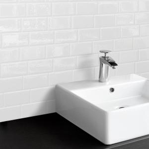 Smart Tiles Metro Blanco 11.56 inch W x 8.38 inch H White Peel and Stick... by Smart Tiles