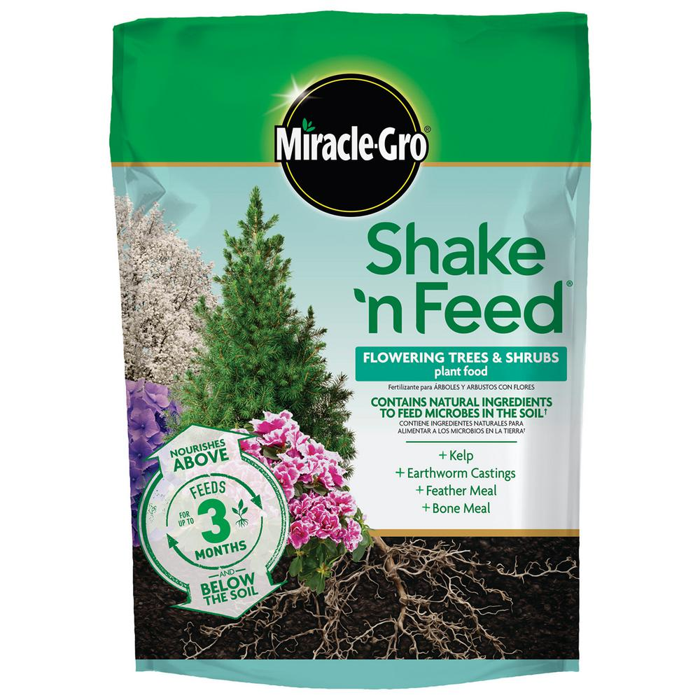 Miracle-Gro Shake 'n Feed 8 lbs. Tree and Shrub Plant Food