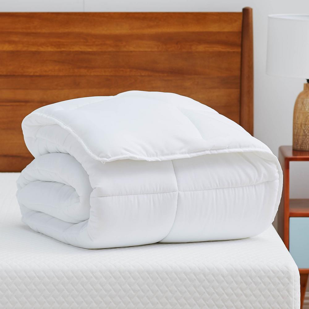 White Cal King Down Alternative Microfiber Comforter