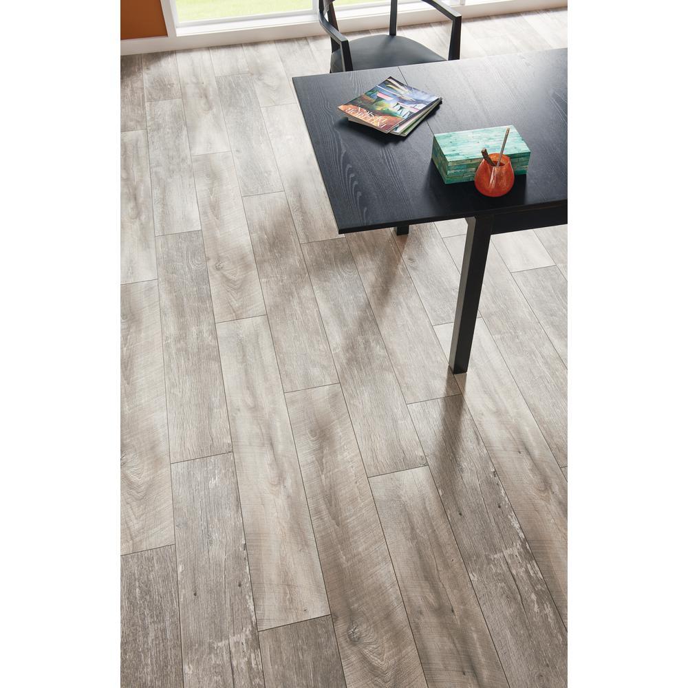 Lifeproof Folkstone Oak 12 Mm Thick X 8, Whitewash Laminate Flooring Home Depot