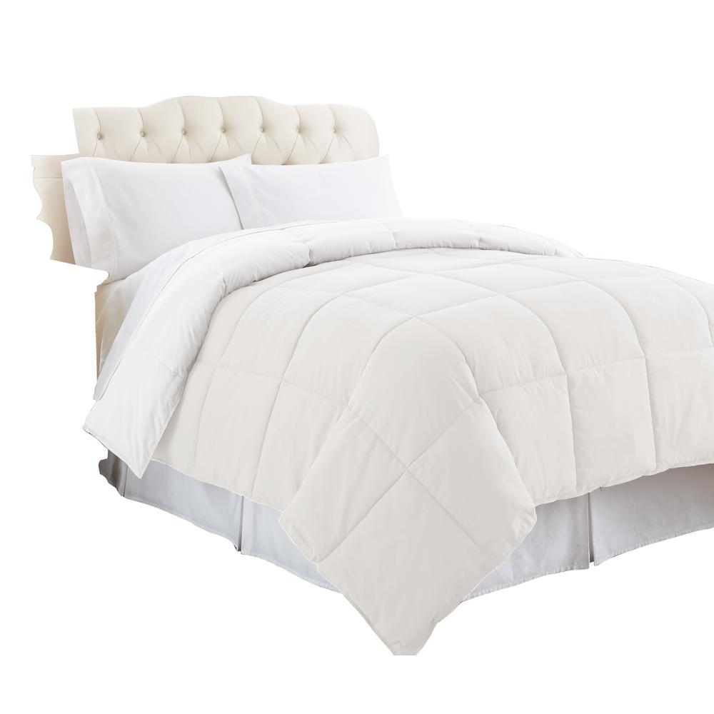 Year Round Warmth White King Down Alternative Comforter