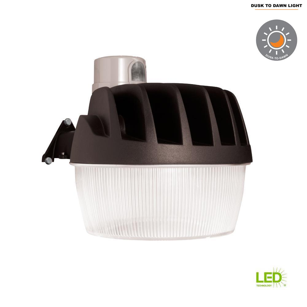 Halo Bronze Outdoor Integrated Led Area And Wall Dusk To Dawn Photoelectric Sensor For Lights Security Light With Replaceable Photocell