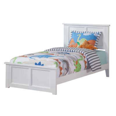 Madison White Twin Xl Traditional Bed With Matching Foot Board