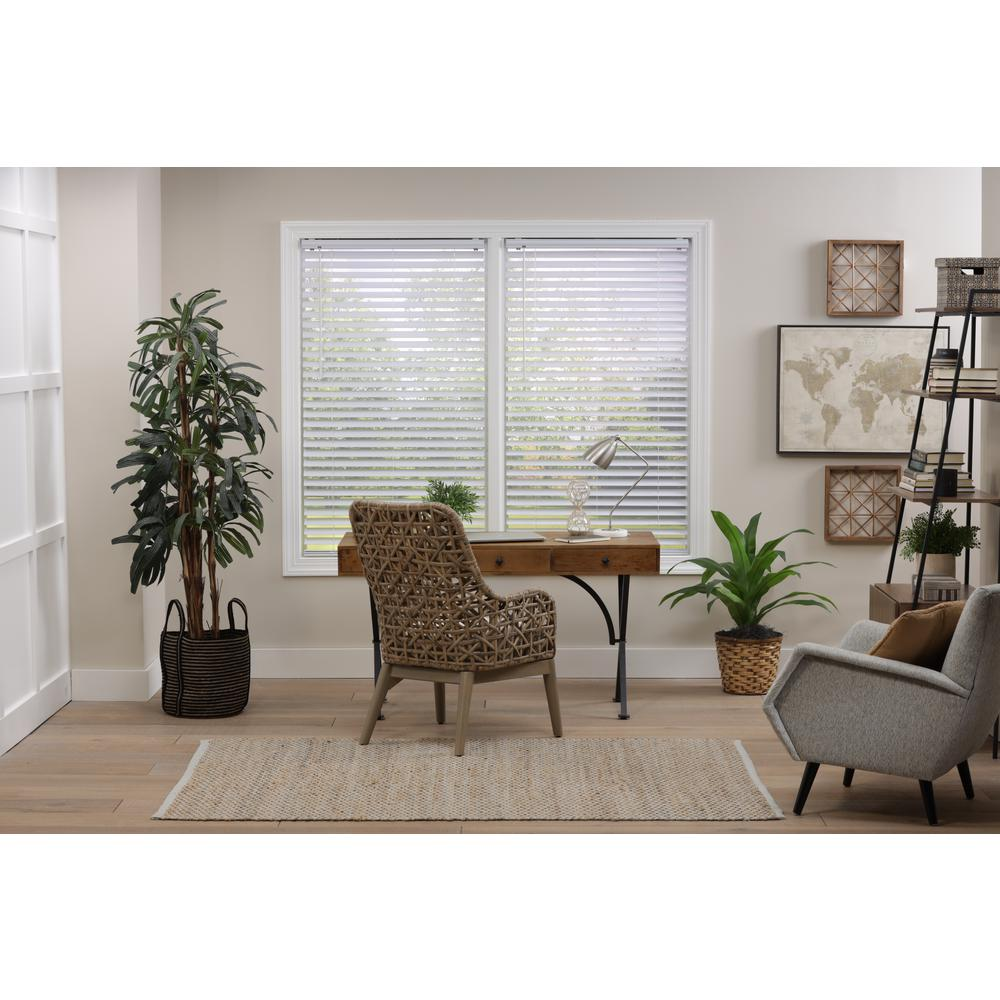 Perfect Lift Window Treatment Cut To Width White Cordless Room Darkening Premium Vinyl Blinds With 2 In Slats 36 5 In W X 64 In L Qkwt364640 The Home Depot