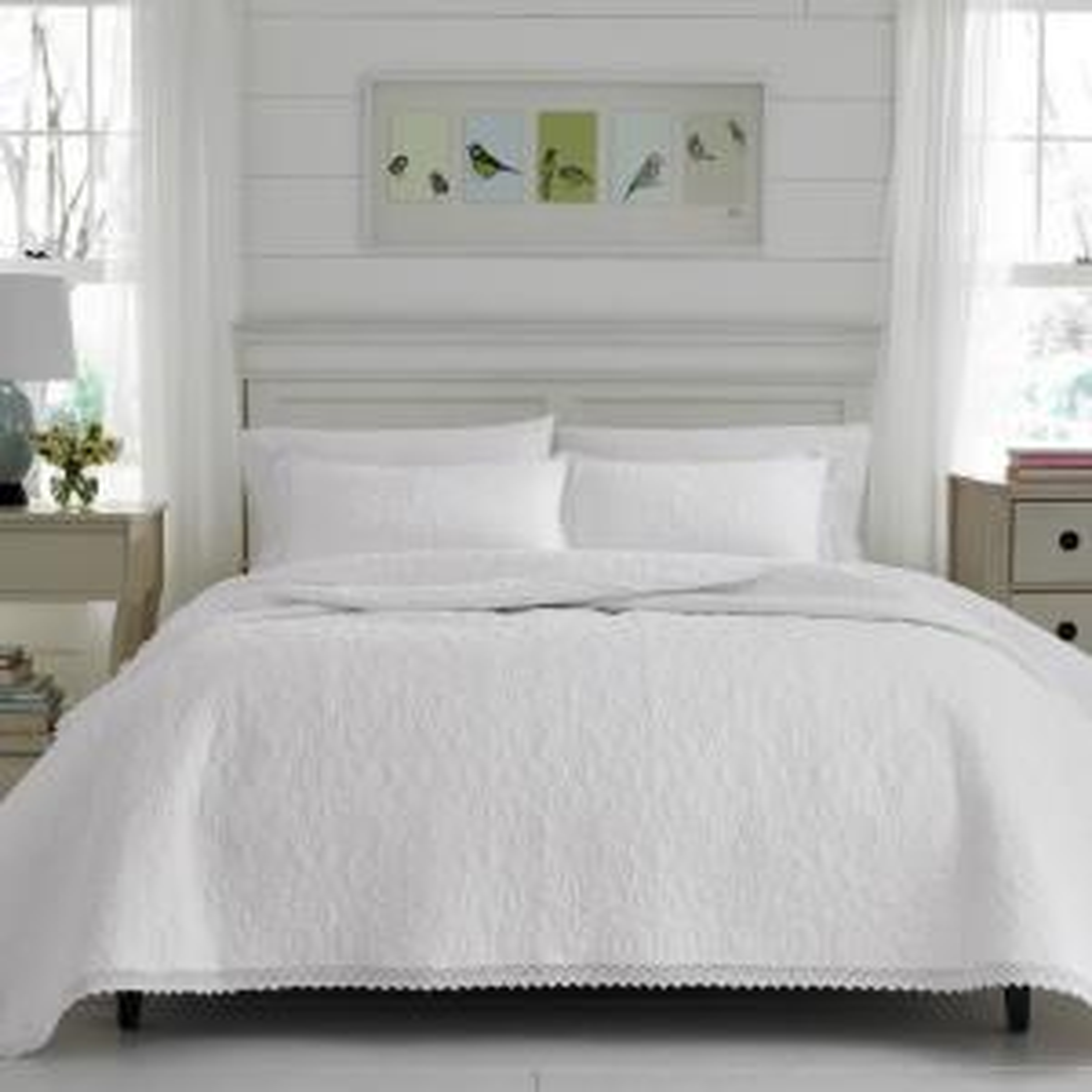 Heirloom Crochet 3-Piece White Full/Queen Quilt Set