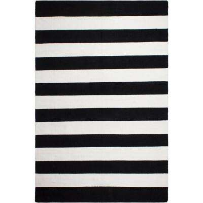 Nantucket Indoor/Outdoor Black and White 5 ft. x 8 ft. PET Area Rug
