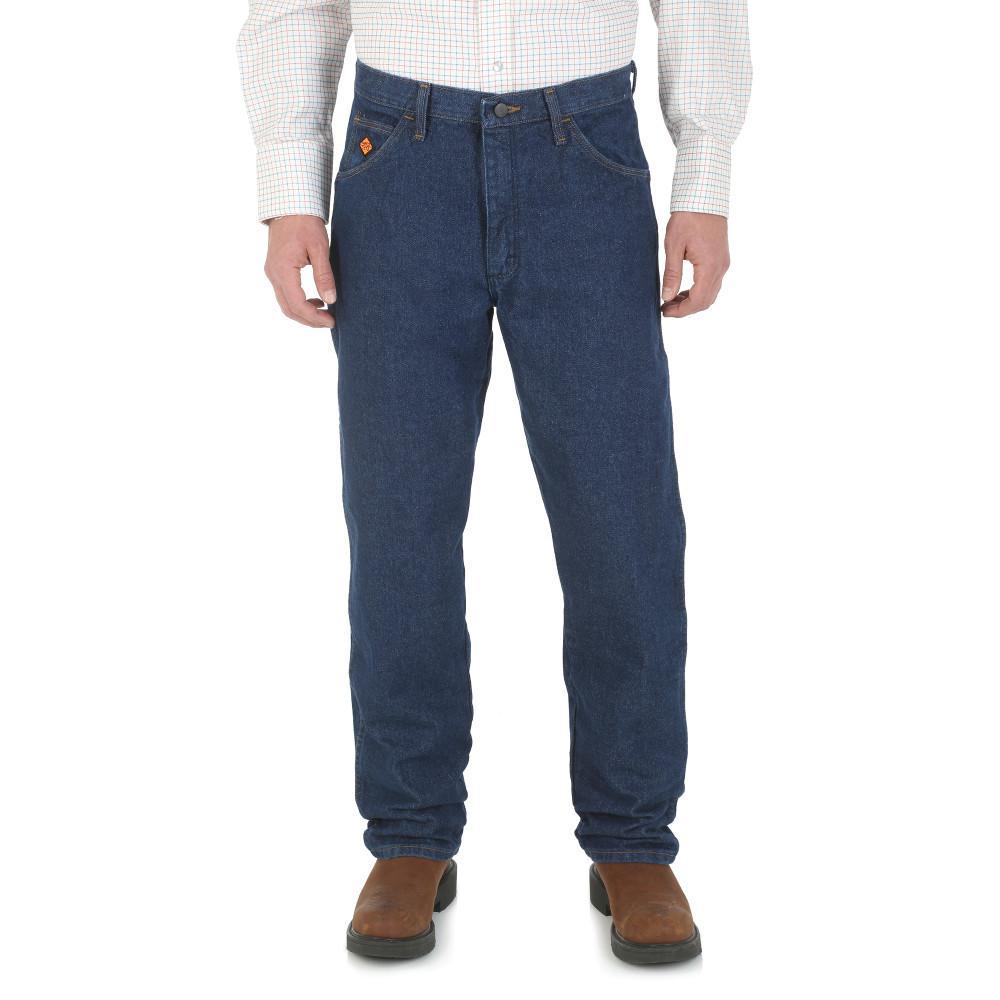 Wrangler Men's Size 38 in. x 34 in. Prewash Relaxed Fit Jean