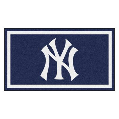 MLB - New York Yankees 3 ft. x 5 ft. Ultra Plush Area Rug