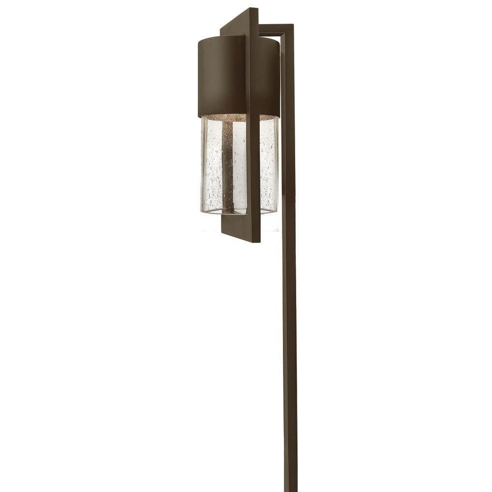 Hinkley lighting low voltage 18 watt buckeye bronze dwell for Low voltage walkway lighting sets