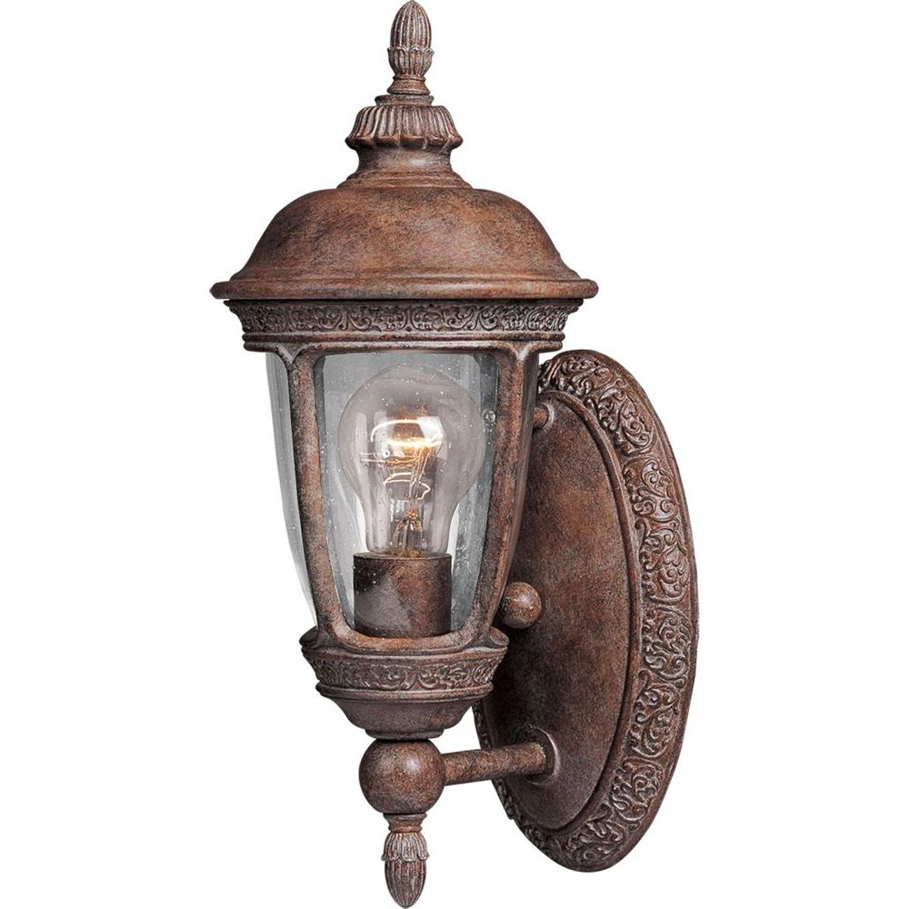 Maxim Lighting Knob Hill DC-Outdoor Wall Mount Knob Hill Cast is a traditional, European style collection from Maxim Lighting International in Sienna finish with Seedy glass.
