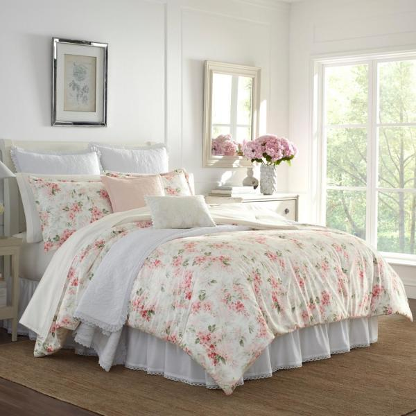 Wisteria Pink Plush 3-Piece Comforter Set, Full/Queen