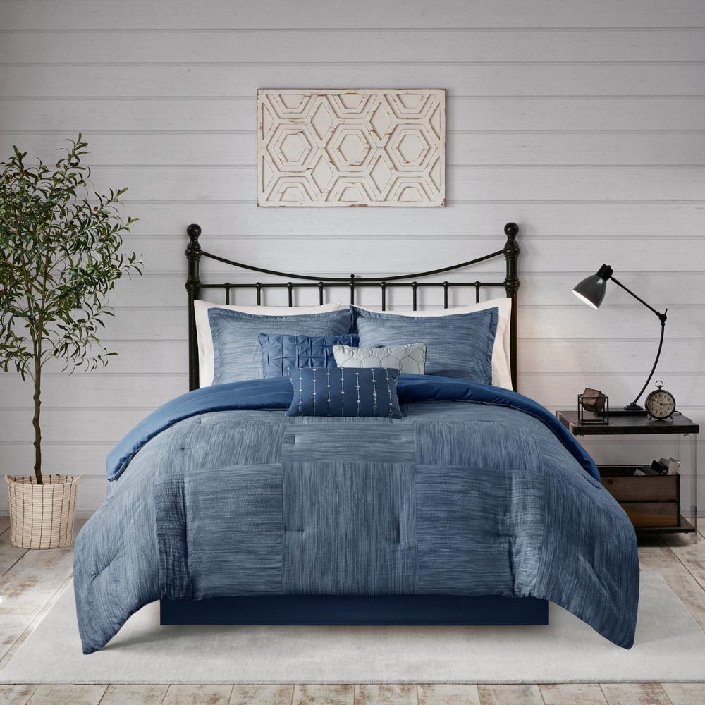 Clayton 7-Piece Navy Queen Printed Seersucker Comforter Set