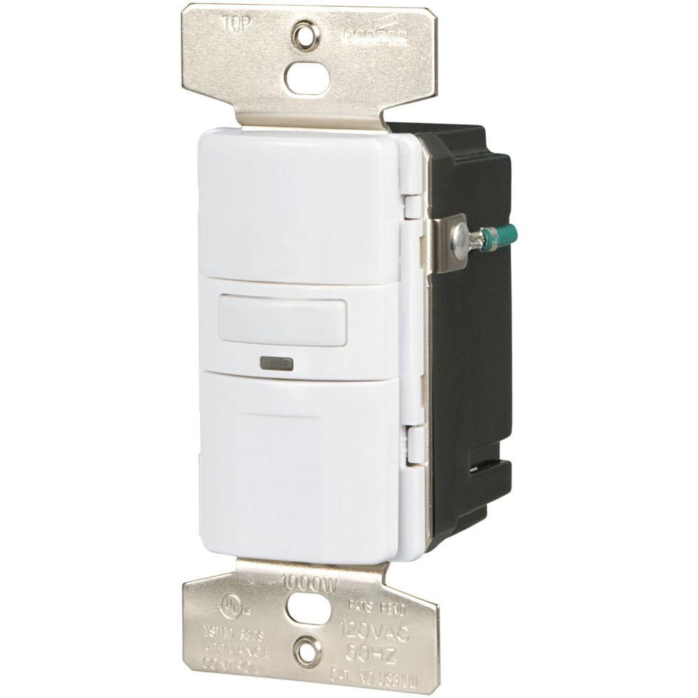Eaton Motion-Activated Vacancy Sensor Wall Switch, White