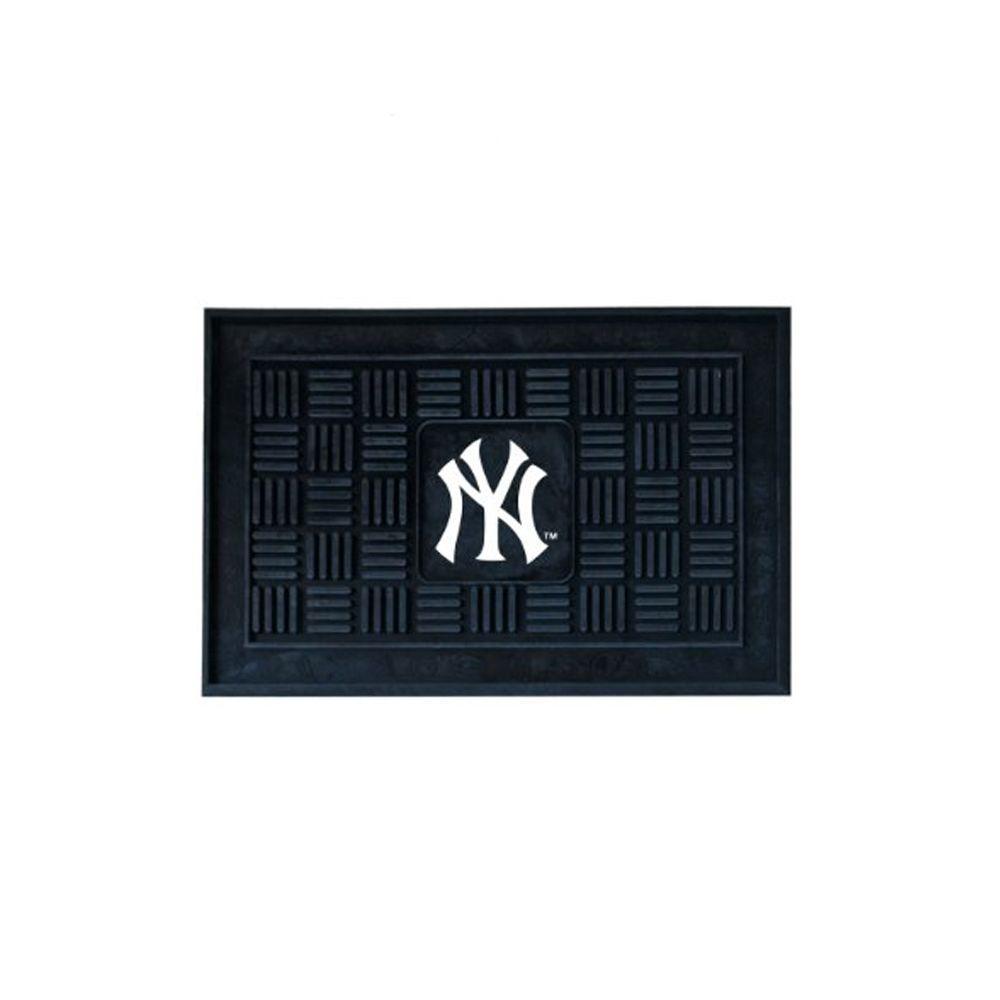 FANMATS New York Yankees 18 inch x 30 inch Door Mat by FANMATS