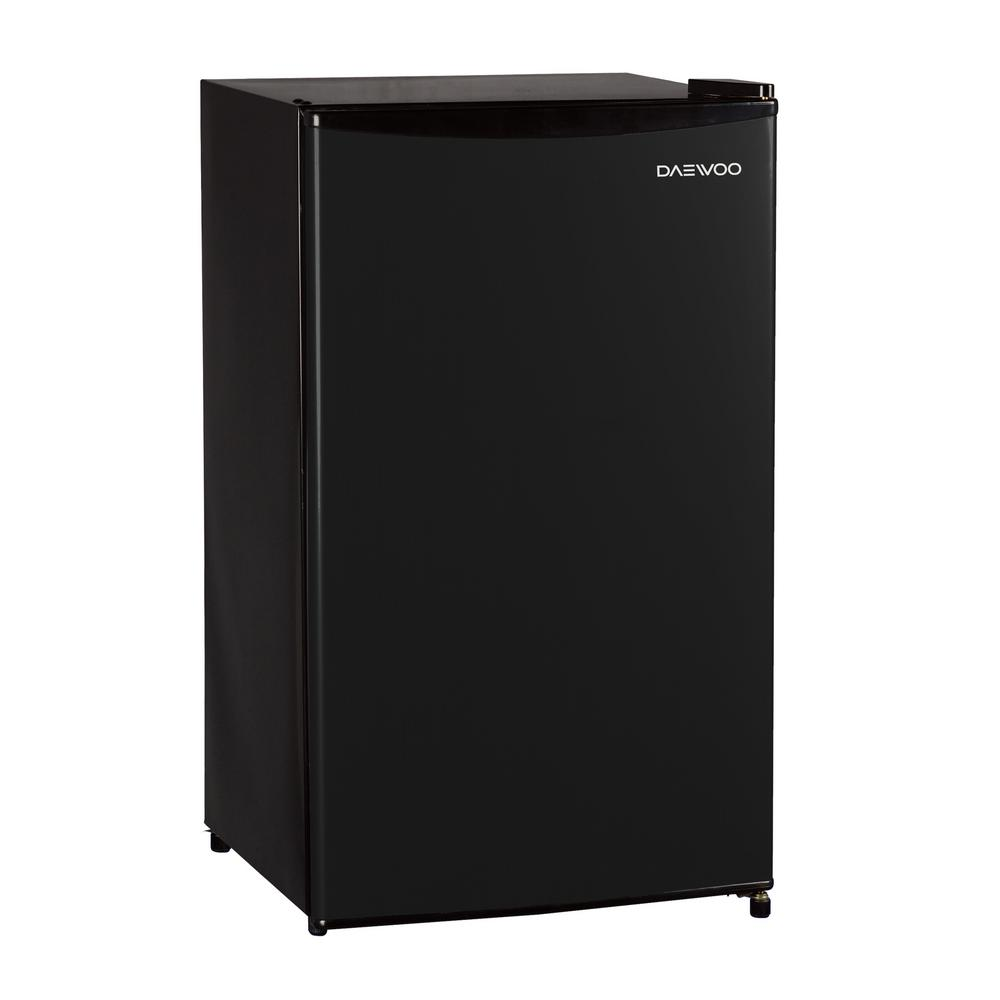 DAEWOO 3 3 cu  ft  Mini Fridge in Black without Freezer