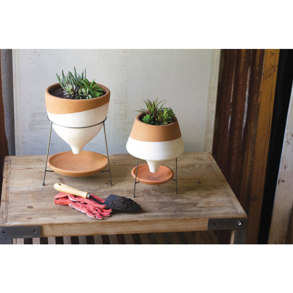 White And Terracotta Small Clay Funnel Planter With Wire Base