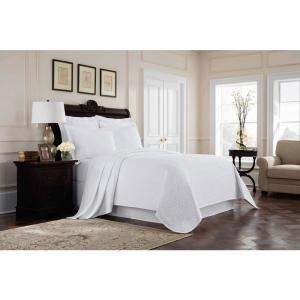 Williamsburg Richmond White Full Coverlet by
