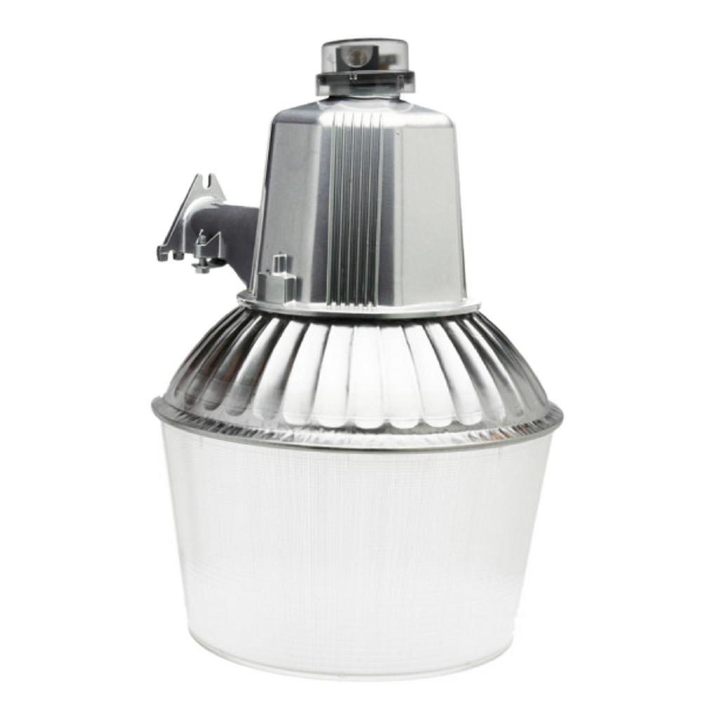 Dusk To Dawn Porch Light Bulb: Designers Edge 150-Watt Metallic Outdoor Dusk To Dawn Area