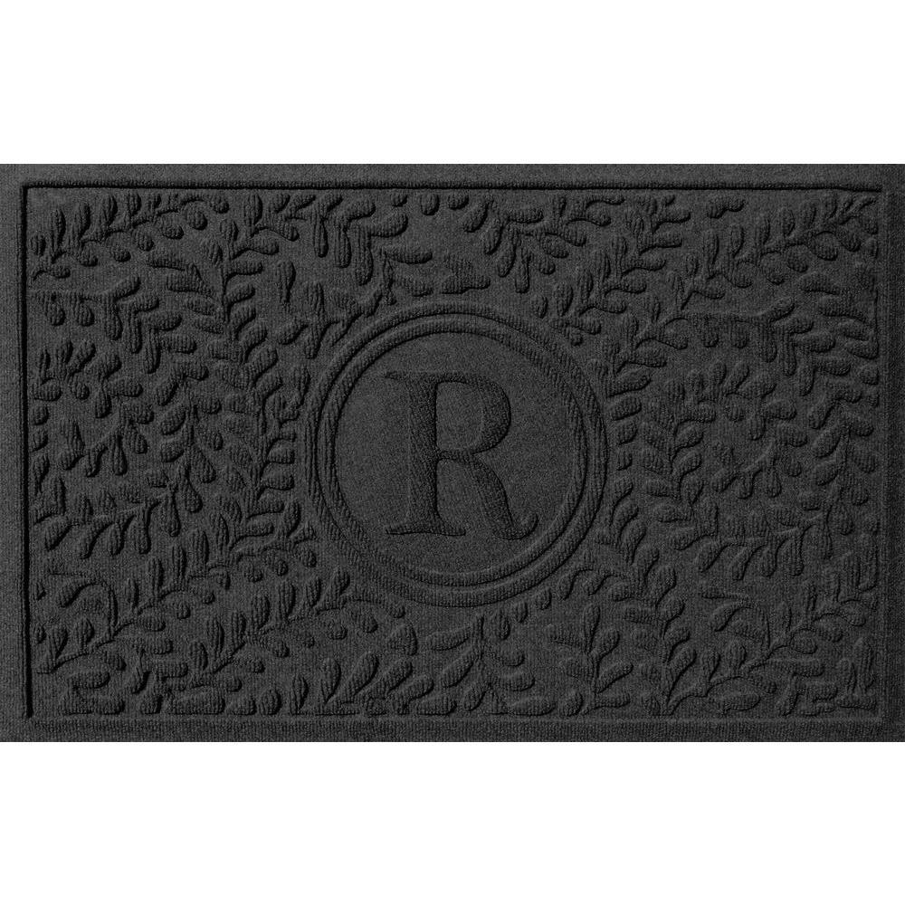 Bungalow Flooring Boxwood Charcoal 24 inch x 36 inch Monogram R Door Mat by Bungalow Flooring