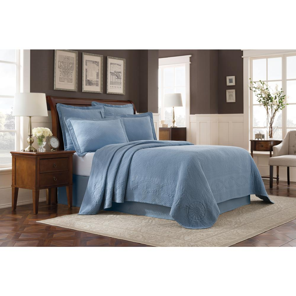 Royal Heritage Home Williamsburg Abby Blue King Bedspread