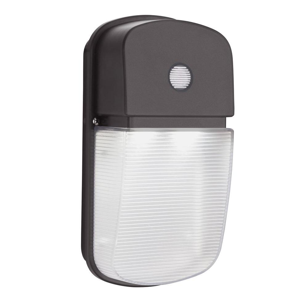 Lithonia Lighting Bronze Outdoor Integrated Led Wall Pack Light With Dusk To Dawn Photocell