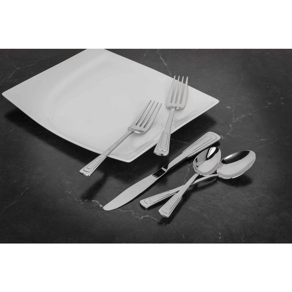 Utica Cutlery Company Chanteclair 20 Pc Set