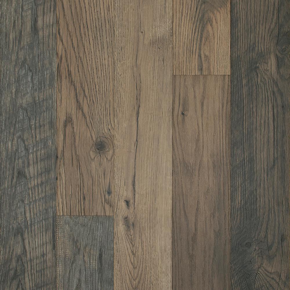 Outlast+ Waterproof Honeysuckle Oak 10 mm T x 6.14 in. W x 47.24 in. L Laminate Flooring (16.12 sq. ft. / case)