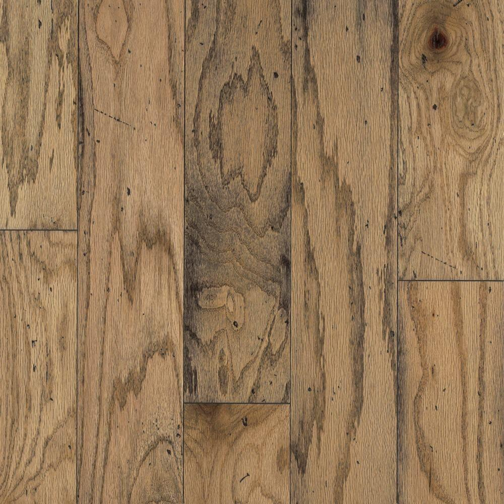 Bruce Distressed Oak Toast 3/8 in. Thick x 5 in. Wide Random Length Click Hardwood Flooring (22 sq. ft./Case)-DISCONTINUED