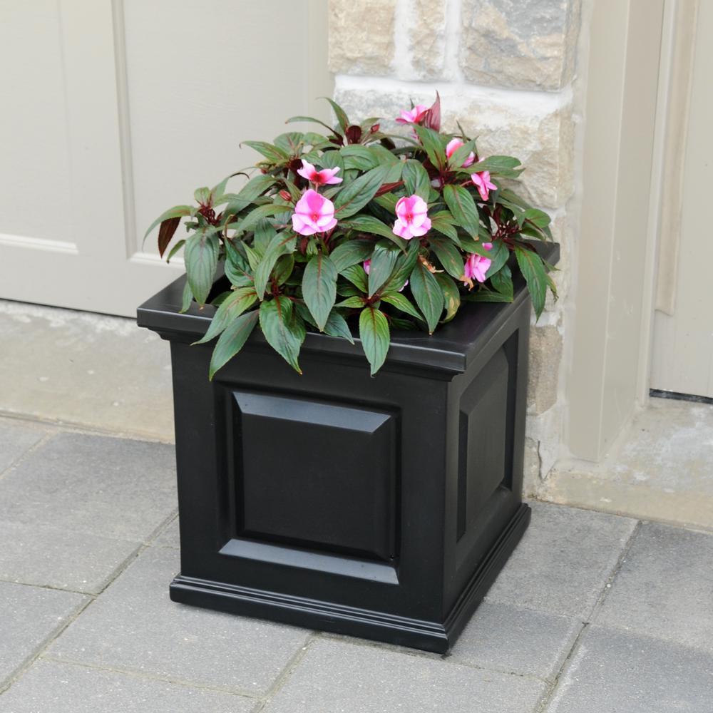 Mayne nantucket 16 in square black plastic planter 5865 b the square black plastic planter workwithnaturefo