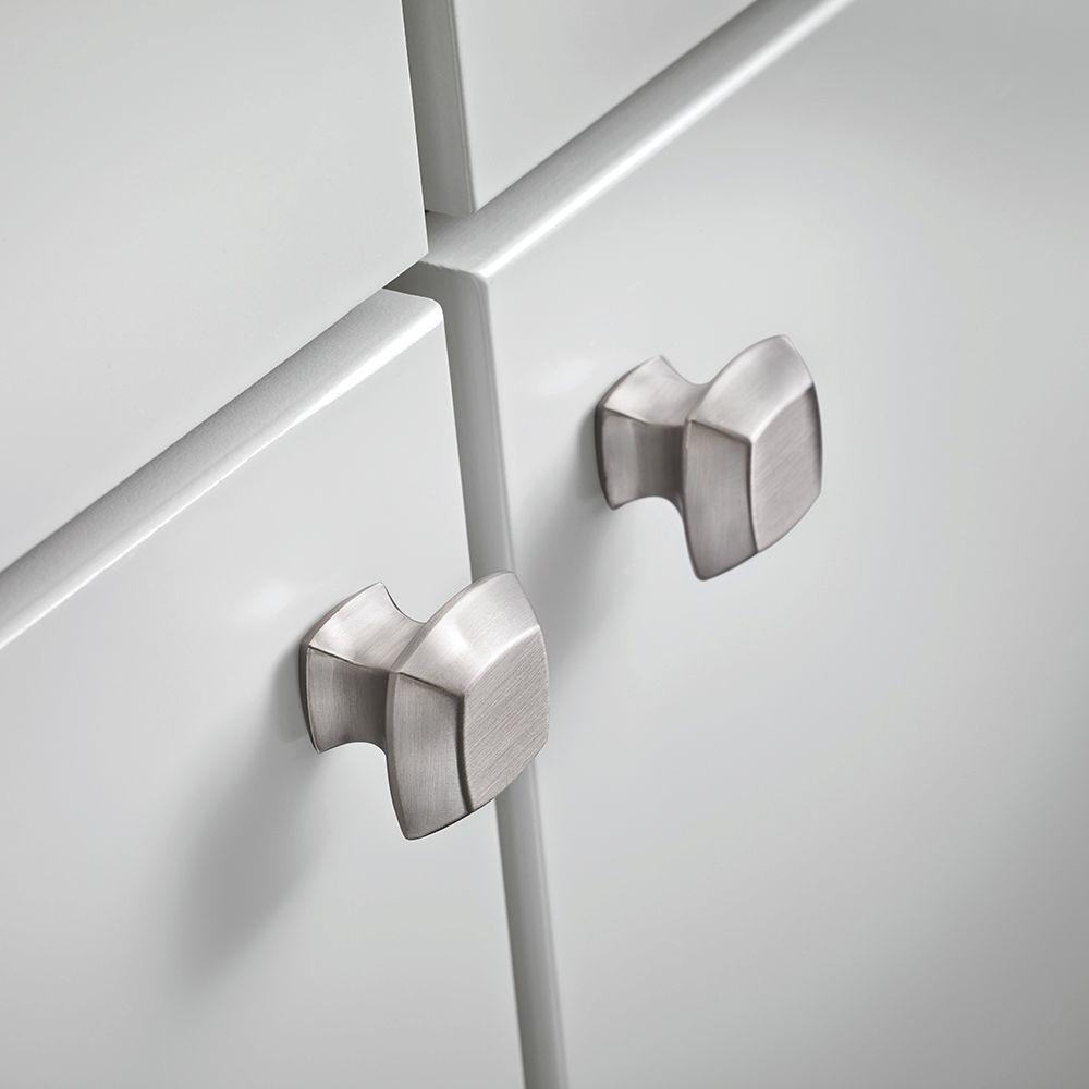 Mandara 1-1/4 in. (32mm) Satin Nickel Square Cabinet Knob