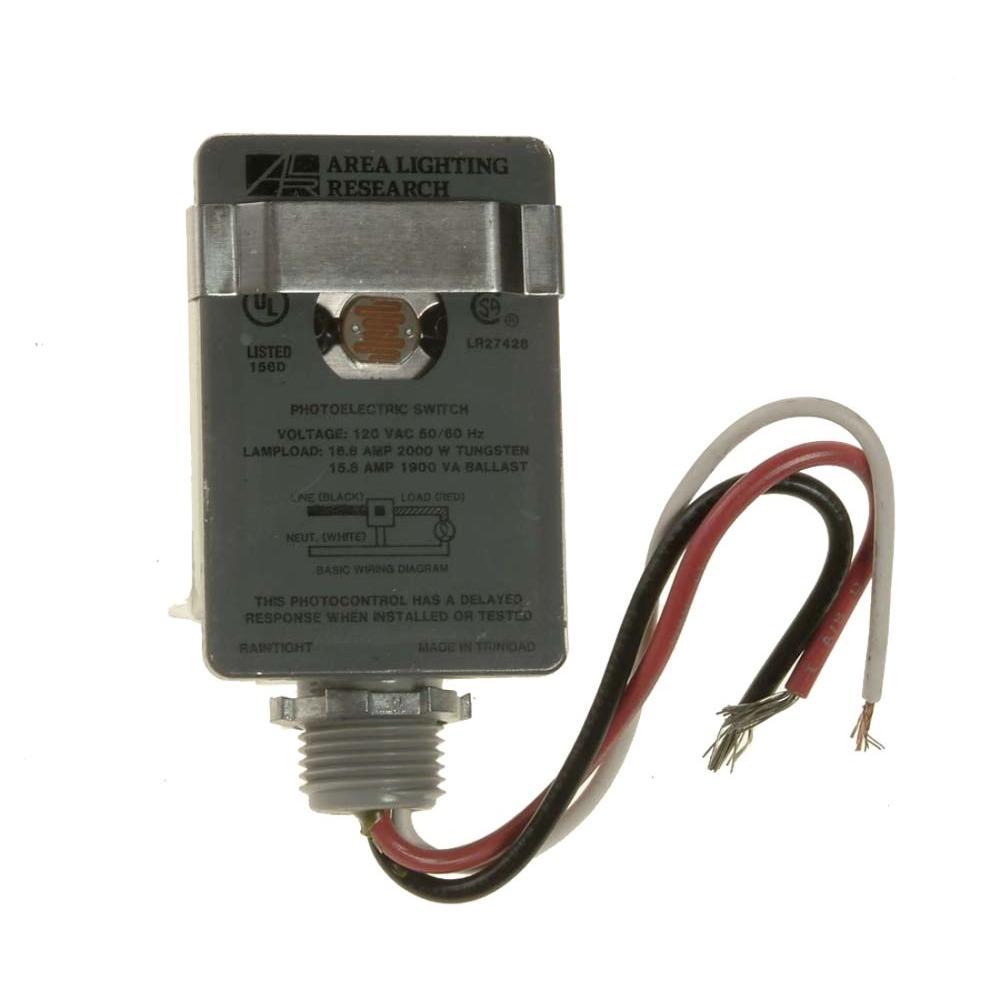 Defiant 2000-Watt Stem-Mount Wire-In Light Control on