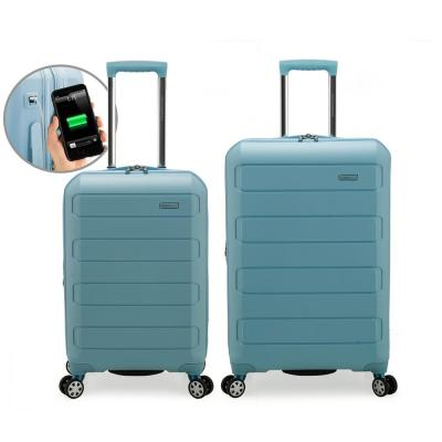 Pagosa 2-Piece Baby Blue Tough Polypropylene Expandable Hardshell Spinner Set with USB Port