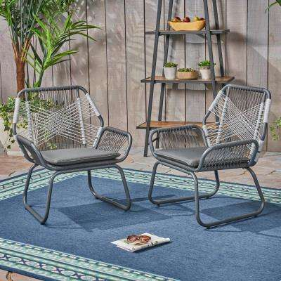 Idaho Grey and White Stationary Metal Outdoor Lounge Chairs with Grey Cushions (2-Pack)