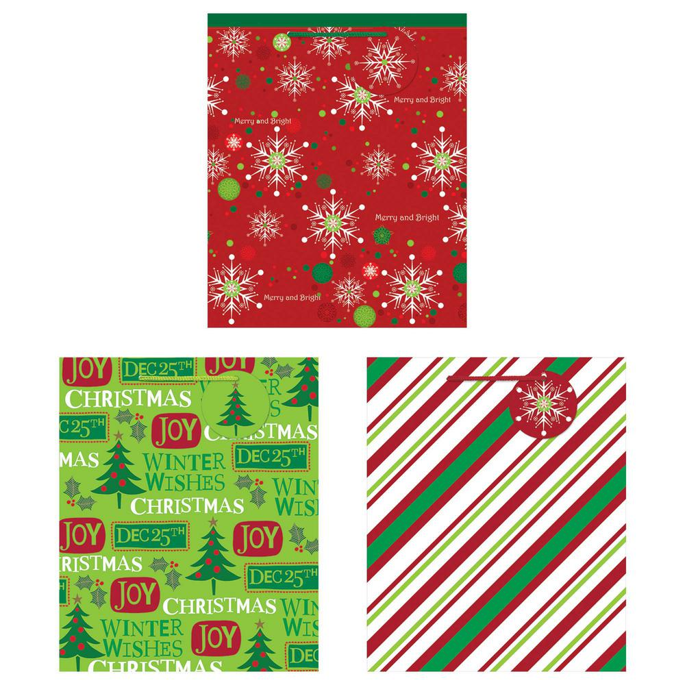 Christmas Gift Bags Images.Amscan 11 25 In X 9 5 In X 4 In Christmas Printed Glossy Bag 3 Count 5 Pack
