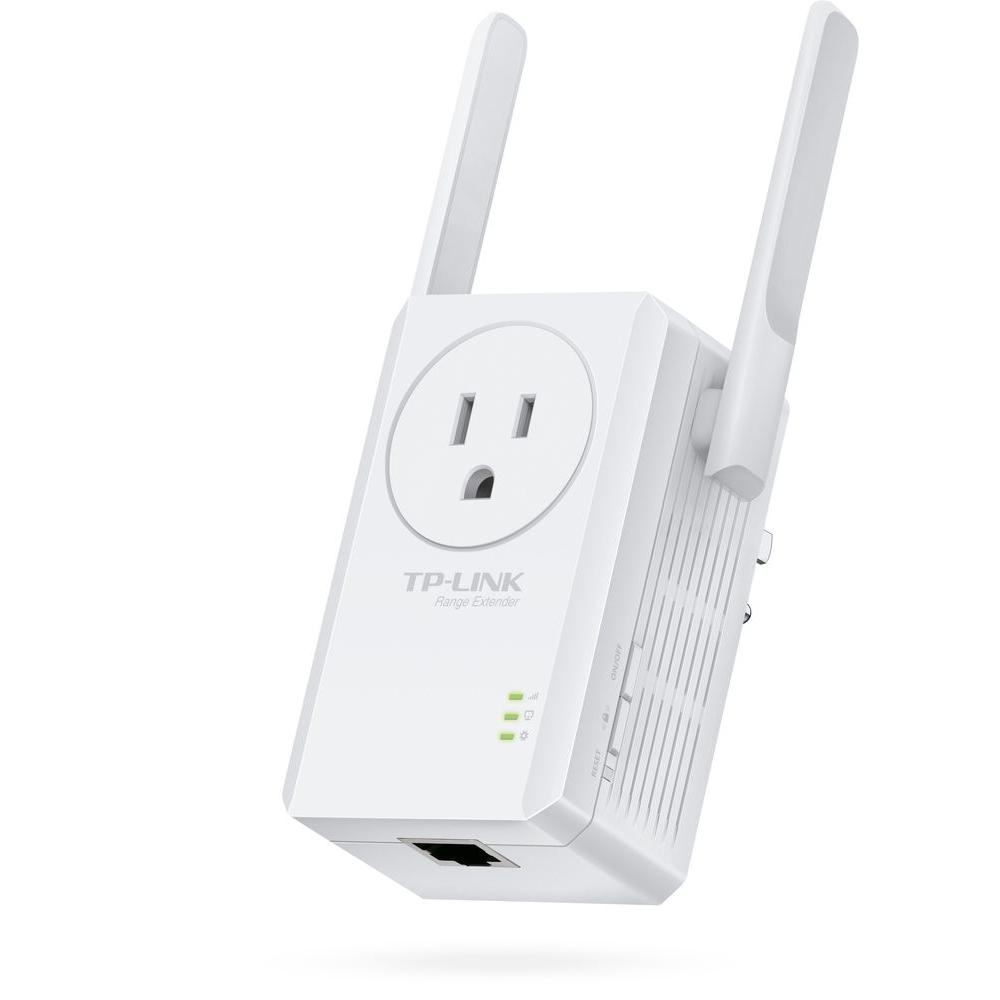TP LINK N300 Universal Wi Fi Range Extender With Outlet Passthrough