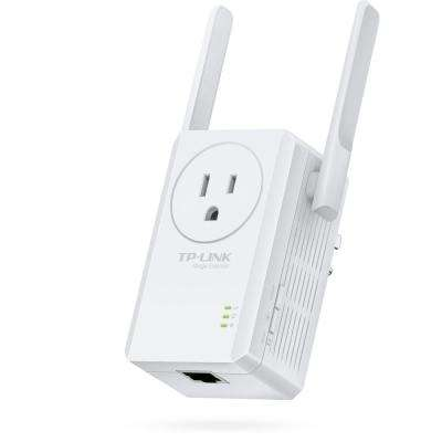 N300 Universal Wi-Fi Range Extender with Outlet Passthrough
