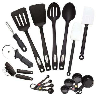 Classic Tool and Gadget Set (17-Piece)