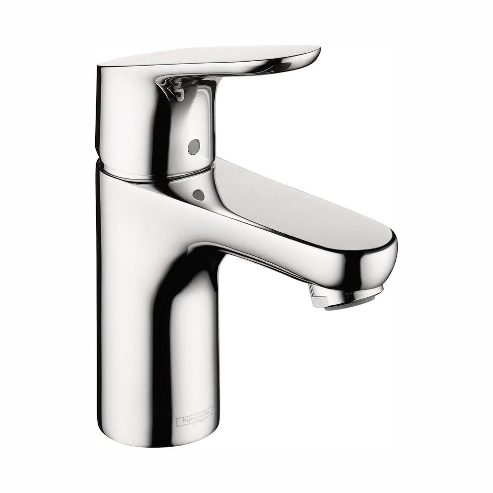Focus 100 Single Hole 1-Handle Low-Arc Bathroom Faucet in Chrome