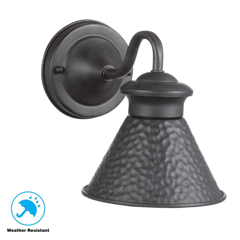 Dark Sky Essen 1-Light Outdoor Rust Short-Arm Wall Lamp