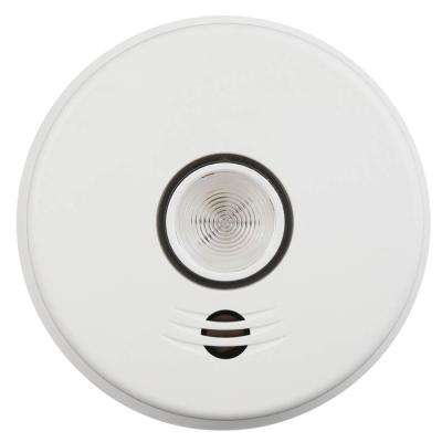 10-Year Sealed Battery Smoke Detector with Intelligent Wire-Free Voice Interconnect and Safety Light