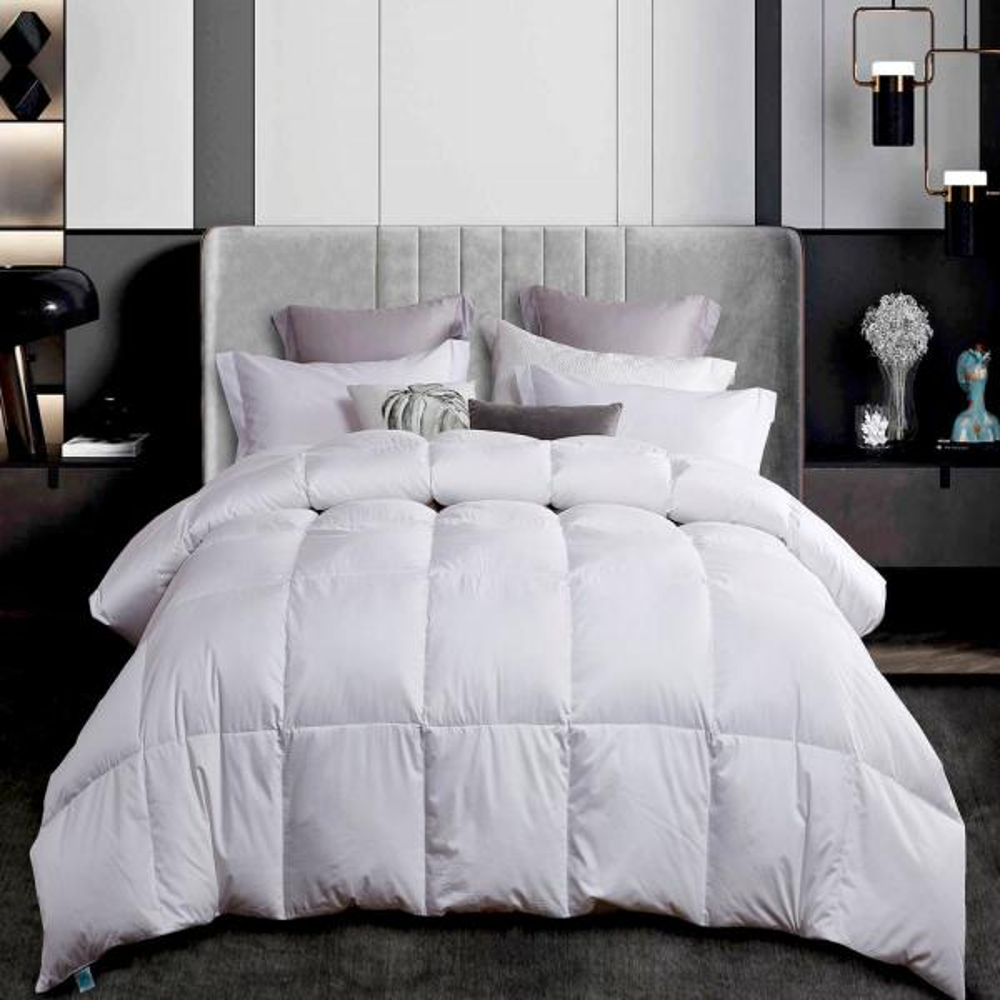 300TC Year Round Warmth White King Size White Down Comforter