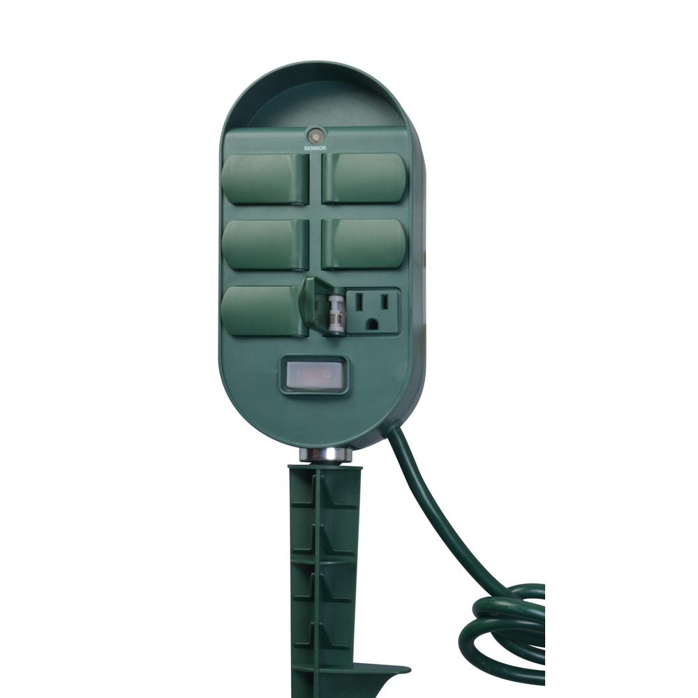 13-Amp 2-4-6-8 Hour Outdoor Plug-In Wireless Remote Photocell 6-Outlet Yard