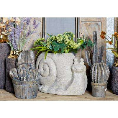 Distressed Gray Fiber Clay Snail Planter