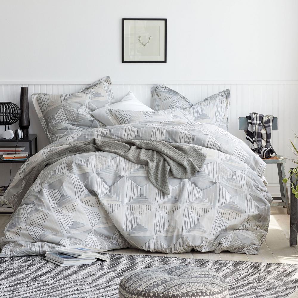 Silhouette 3-Piece 200-Thread Count Organic Cotton Percale Queen Duvet Cover Set