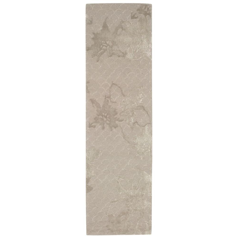 Escalade Silver 2 ft. 3 in. x 8 ft. Rug Runner