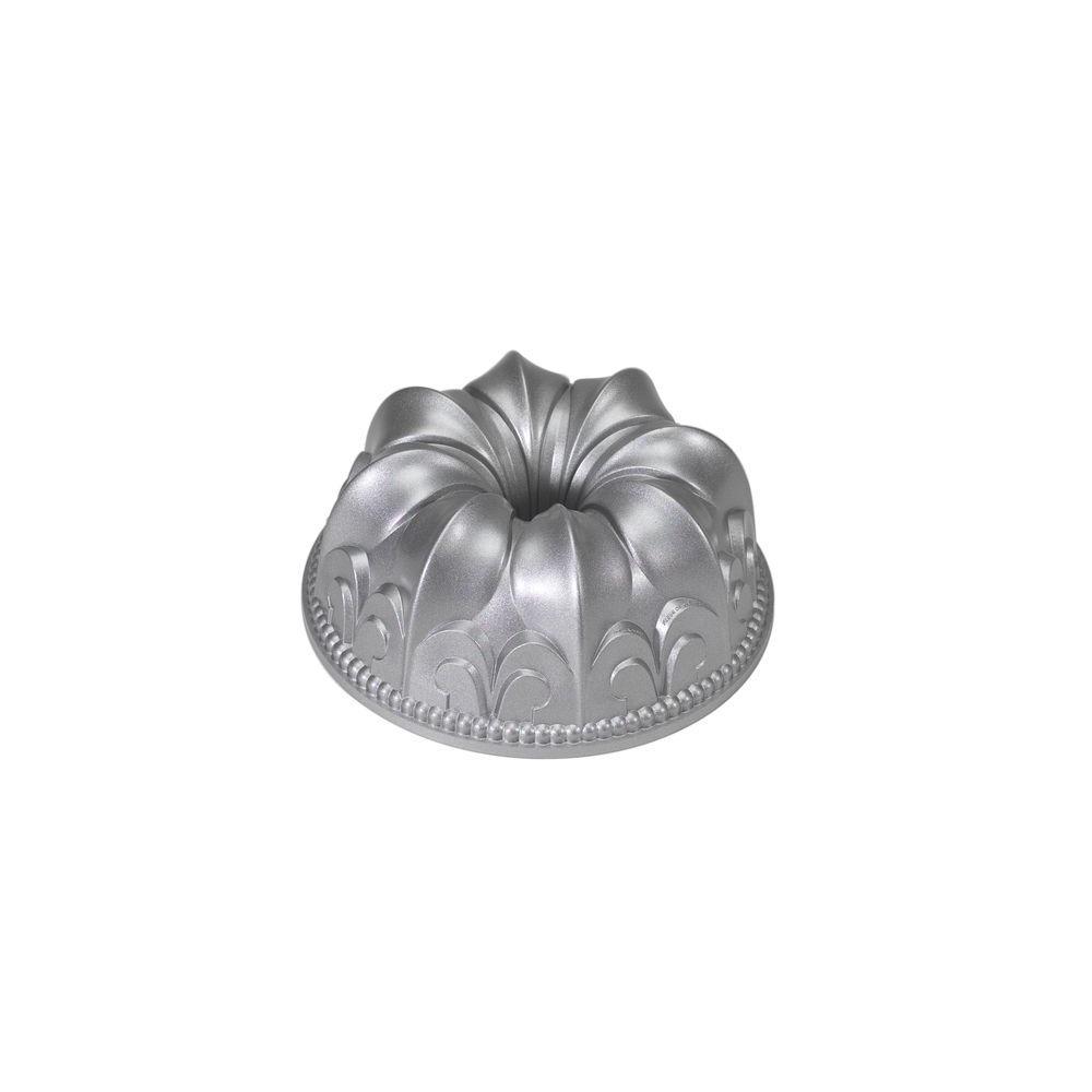 Nordic Ware Platinum Collection Fleur de Lis Bundt Pan